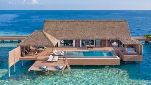 Grand Overwater Villa - SeyExclusive.com